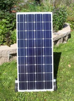 100 watt solar panel assembly